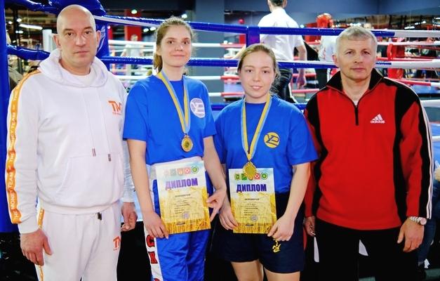 Спортсменки ХНУРЕ стали переможцями Кубку області з козацького двобою